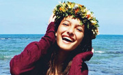 Girl beautiful young flowers sea happy smile alone travel muymuyfeliz