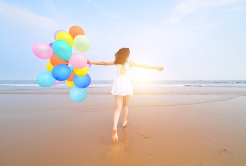Are you as happy as you have always wished you could be? In life, people are about as happy as they make up their minds to be… so choose joy! Discover these 13 No-Fail Lifestyle Tricks that Lead to Happiness: